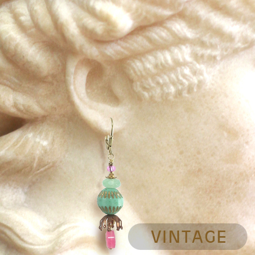 Vintage Style Accessories